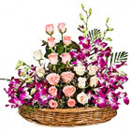 Arrangement Of 20 Pink Roses With 10 Purple Orchids