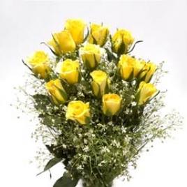 12 Yellow Roses Posy